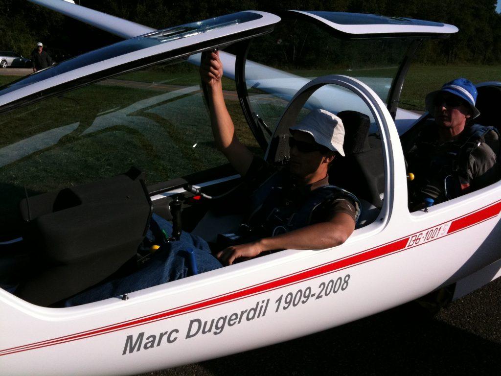 Planeur DG1001s avant le départ